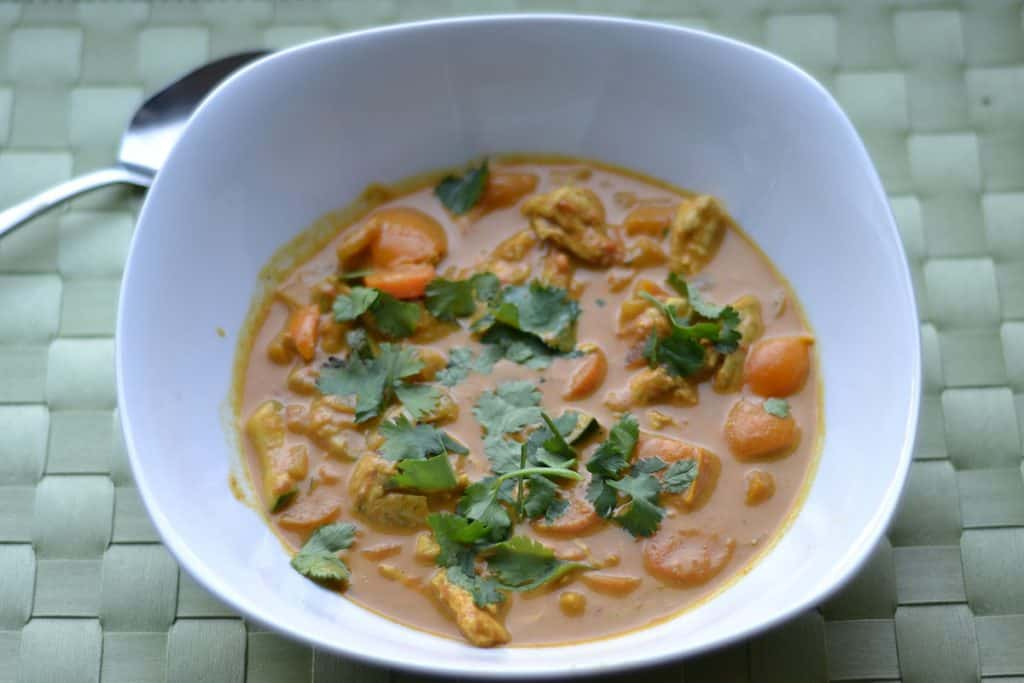 Chicken and vegetable curry2