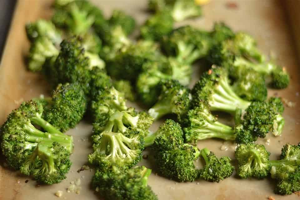 Roasted Lemon Garlic Broccoli 2