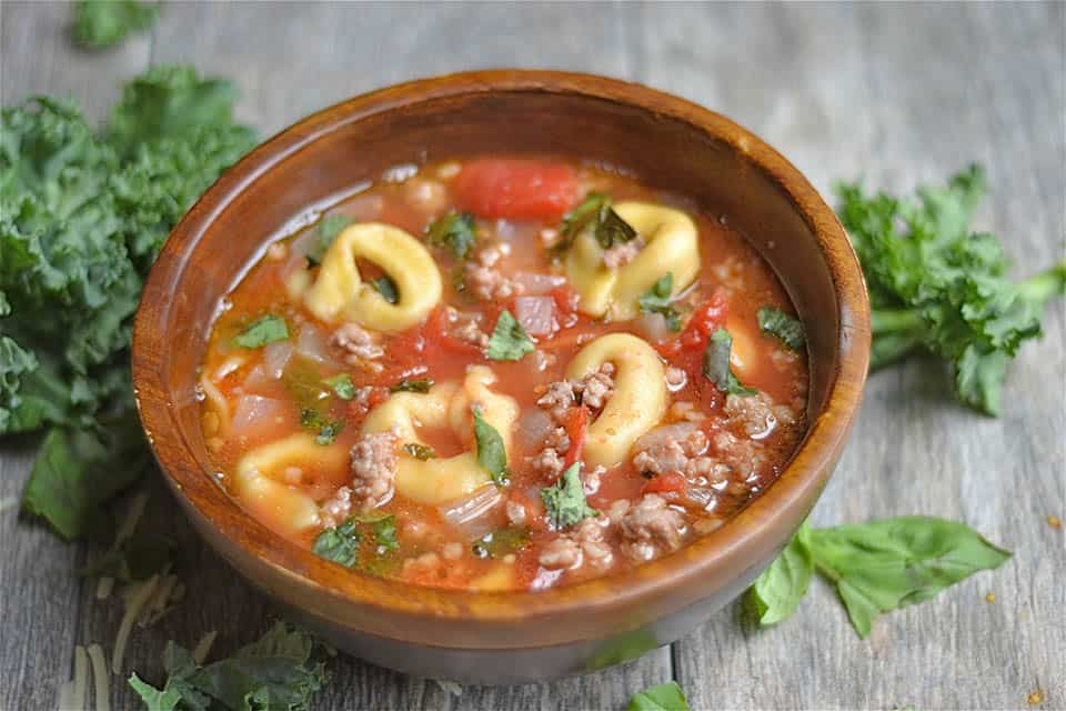 Slow Cooker Sausage, Kale, and Tortellini Soup2