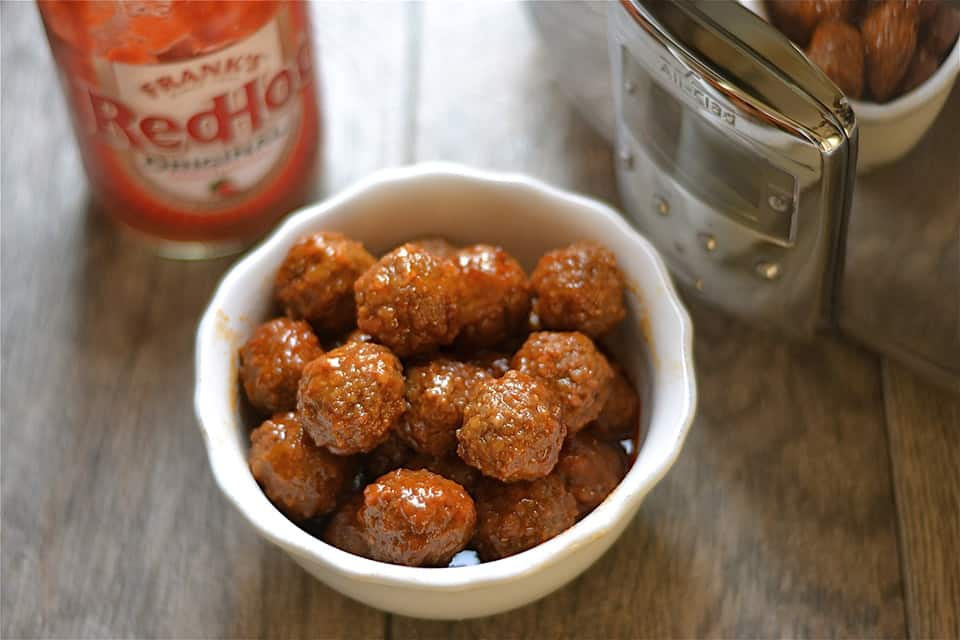 Slow Cooker Sweet and Spicy Buffalo Meatballs 2