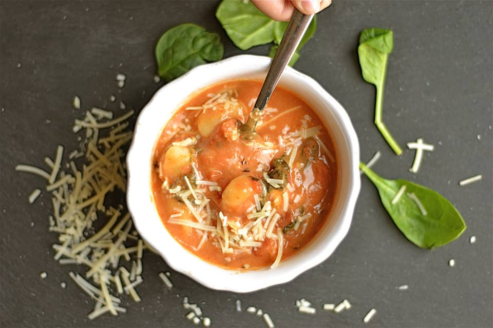 Slow Cooker Tomato Chicken Florentine Soup with Gnocchi