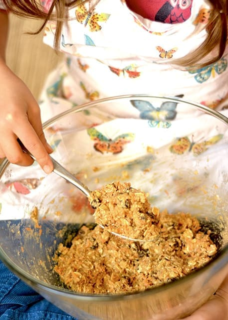 Healthy Carrot Cake Breakfast Cookies 3