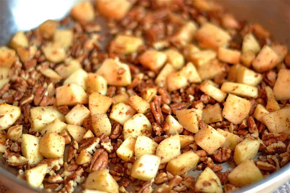 creay-spiced-apple-pecan-chicken-4