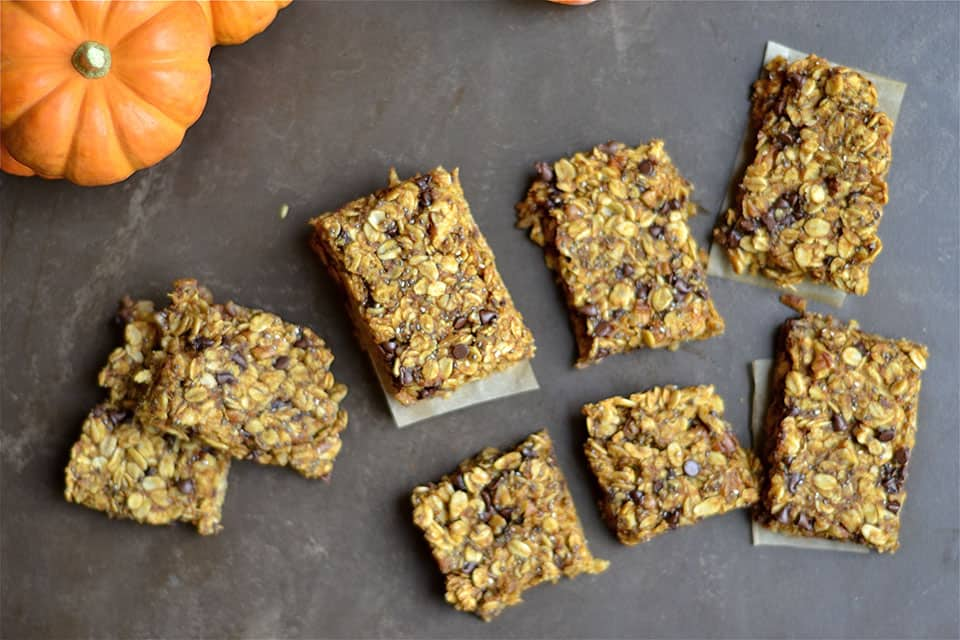 Pumpkin Chocolate Chip Granola Bars - Wholesomelicious
